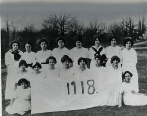 1918 Grads