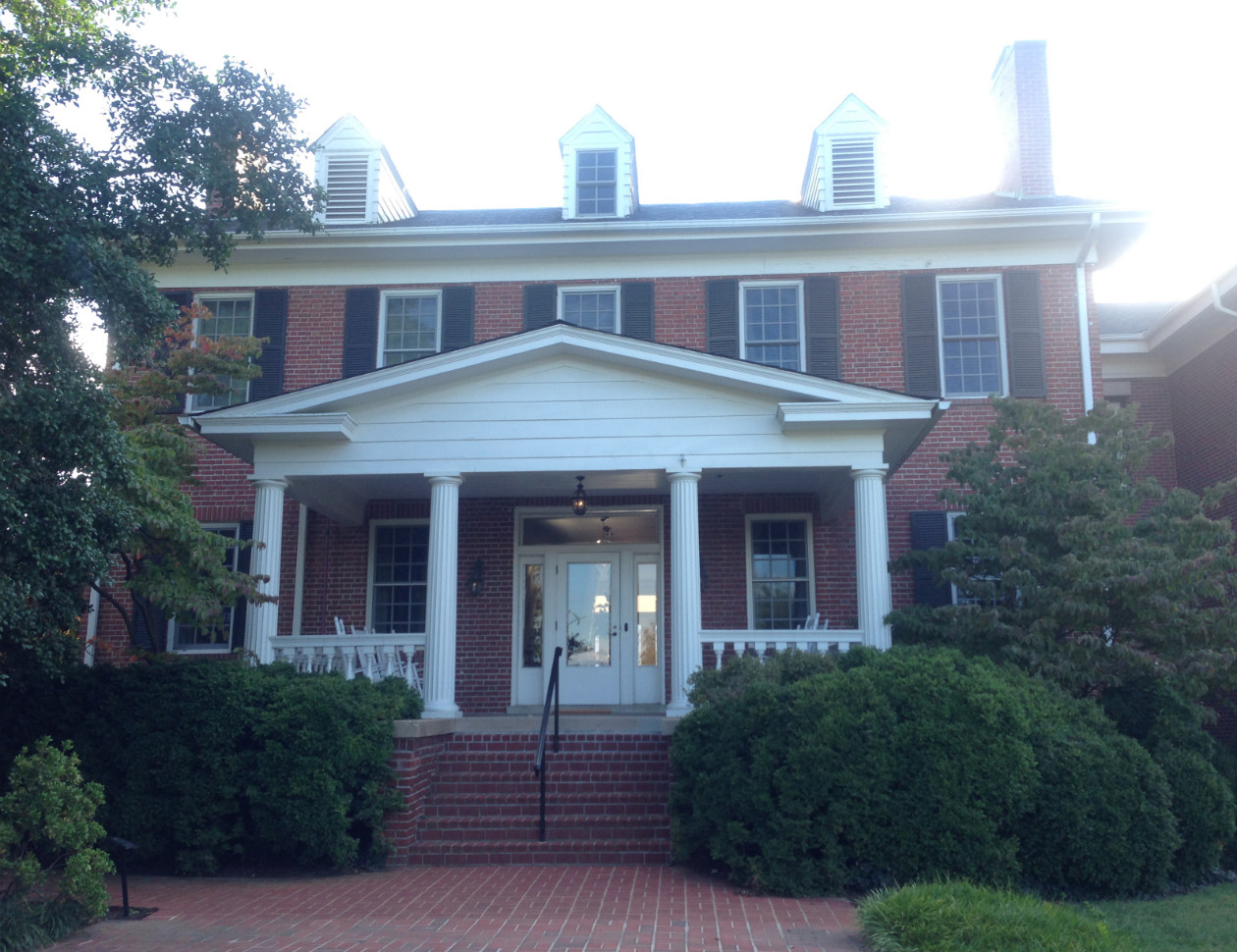 Jepson Alumni Center (formally Kalnen Inn and Trench Hill), September 22, 2013